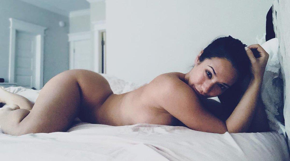 Eva Lovia (Pornstar Profile)